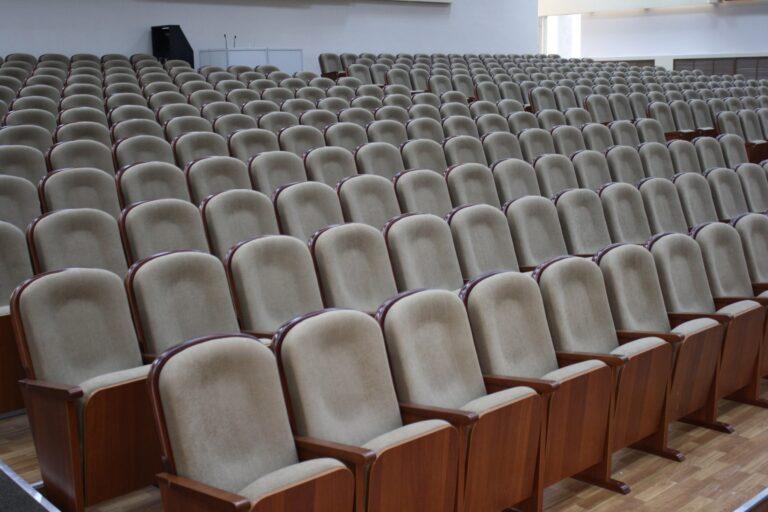 театральнын кресла 023