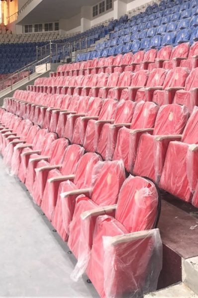 кресла для стадиона